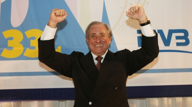 Ари Граса бе избран за президент на ФИВБ