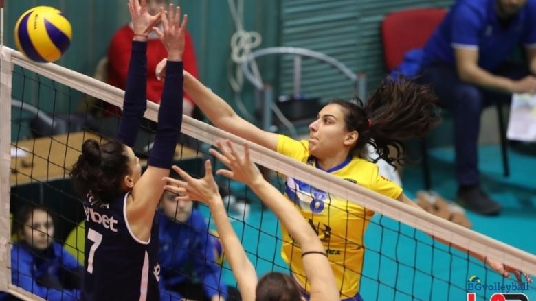 Спор за титлата при жените и полуфинали в Суперлигата