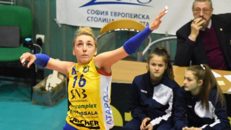 Александра Миланова: Пожелавам си купа и пред собствена публика