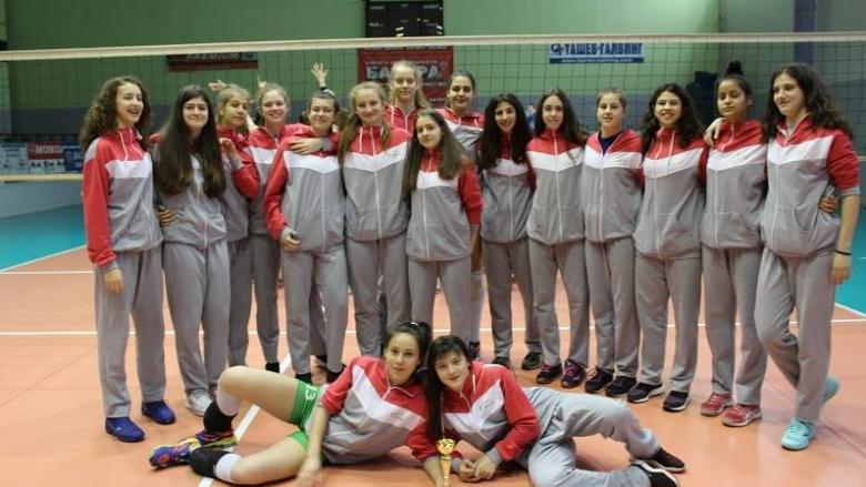 Разширен състав на националния отбор по волейбол за девойки под 16 години