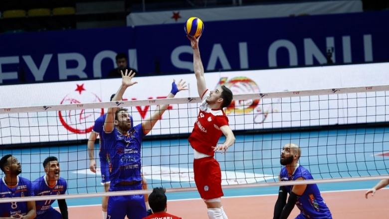 Георги Сеганов стартира с категоричен успех битката за 5-8 място