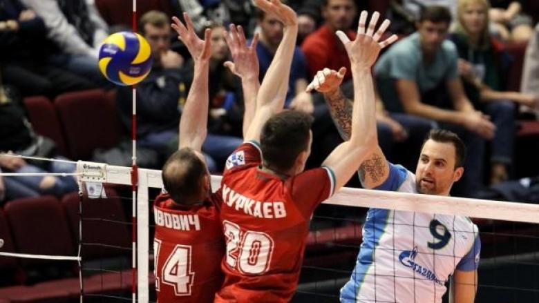 Локо на Пламен Константинов ще играе за 5-8 място