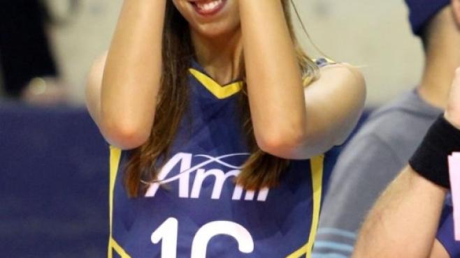 Елица Василева – посланик на българския волейбол в Бразилия
