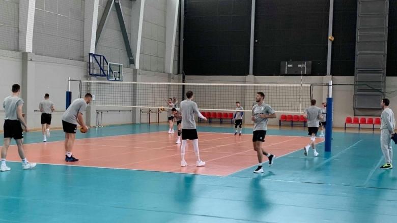 Още трима започнаха подготовка с националите за Волейболната лига на нациите