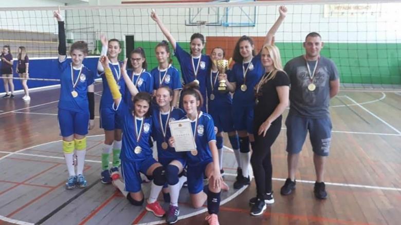 Пловдив стана ученически шампион при момичетата 5-7 клас