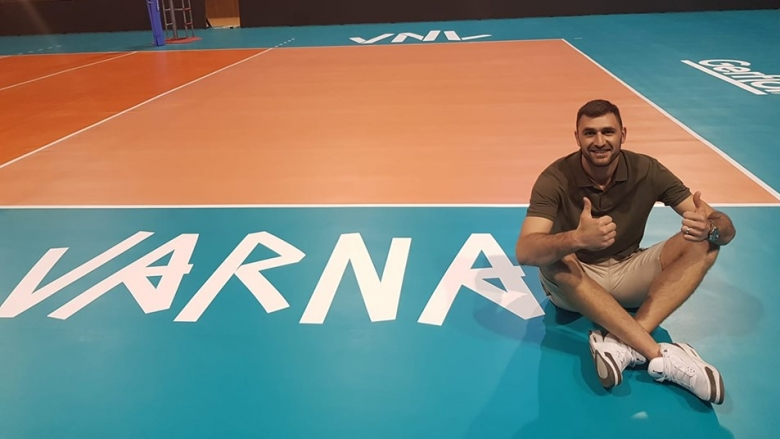 Цецо Соколов тренира с националите във Варна