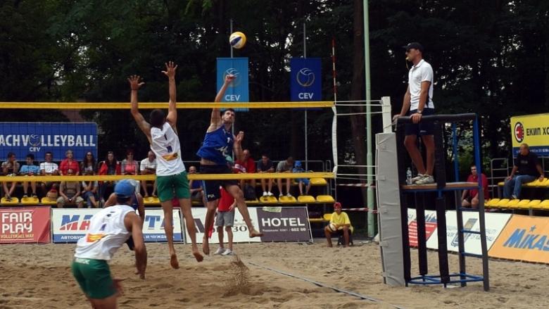 Вижте всички турнири в плажния волейбол за лято 2019