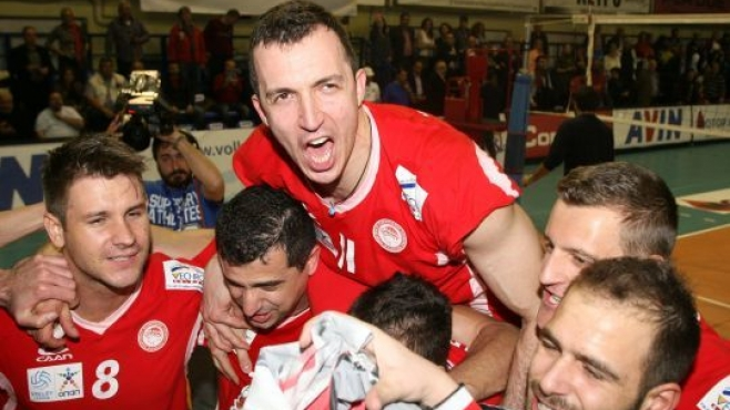 Златен трипъл за Боби Йорданов и Олимпиакос!