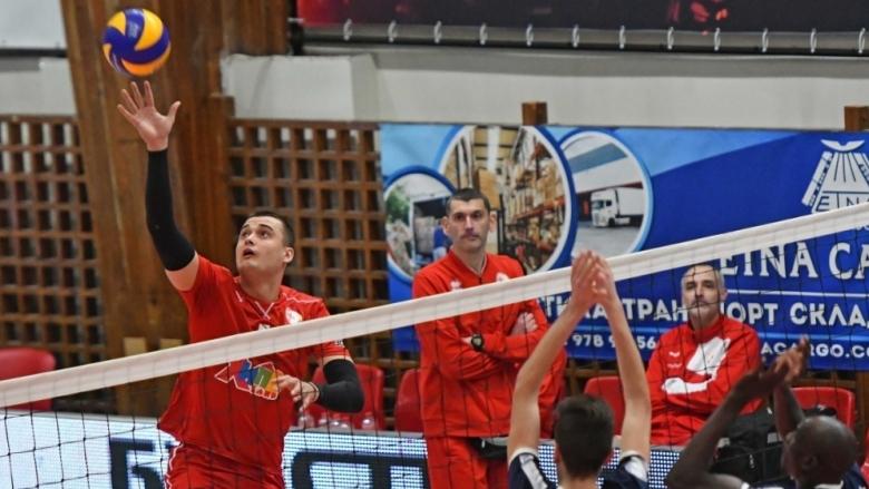 ЦСКА се разделя с основни волейболисти, национал подписва с Добруджа