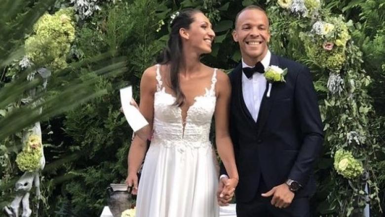 Доскорошна националка мина под венчило