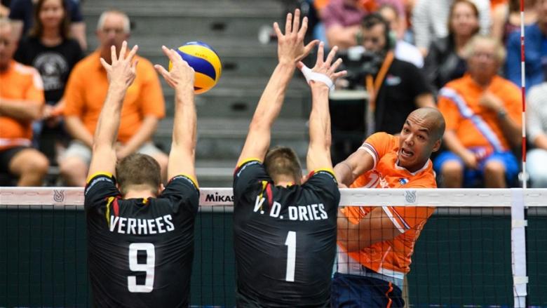Холандия спечели съседското дерби с Белгия