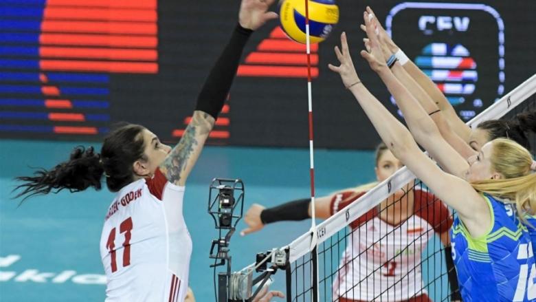 Полша не позволи изненада на Словения на старта