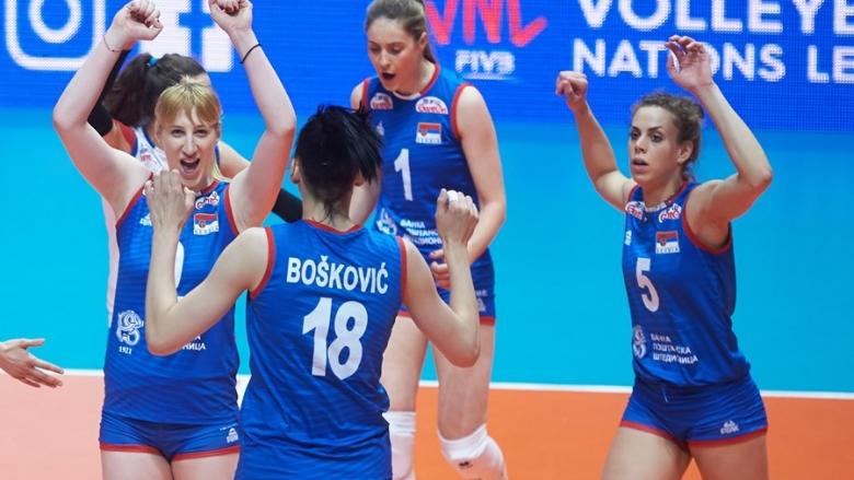 Гледай на живо с BGvolleyball.com Сърбия - Италия, полуфинал на Европейското