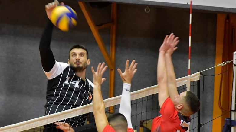 Виктория и Локомотив тръгнаха с успехи на купа Пловдив