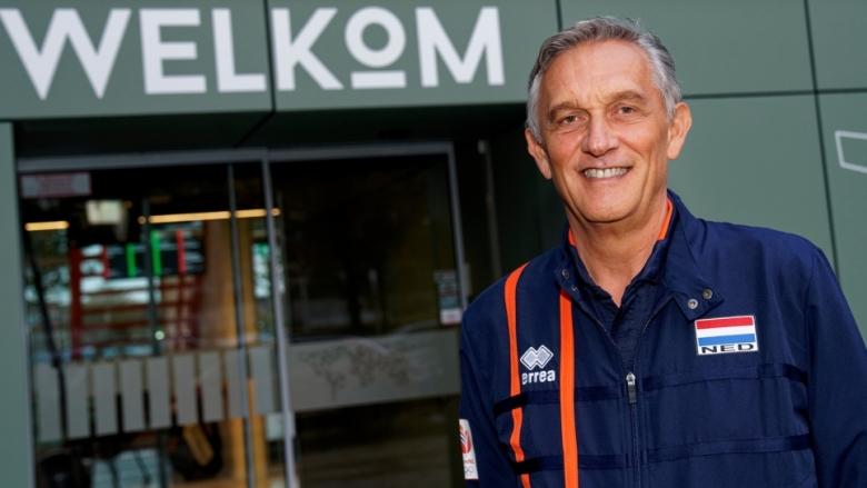Съперник на България в олимпийската квалификация с нов треньор