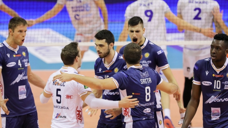 Алекс Грозданов спечели българското дерби с Аспарух Аспарухов