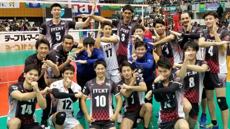 Матей Казийски и ДжейТЕКТ продължават победната си серия в Япония