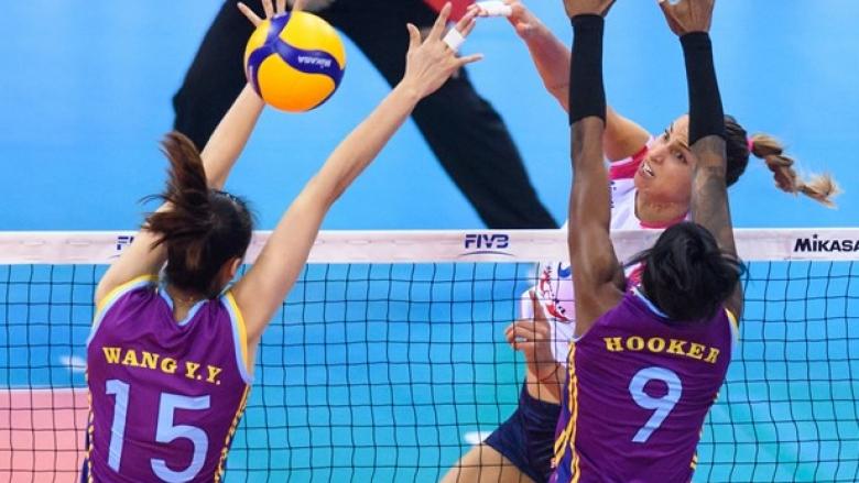 Елица Василева и Новара спечелиха битката с китайския вицешампион на старта на световното клубно