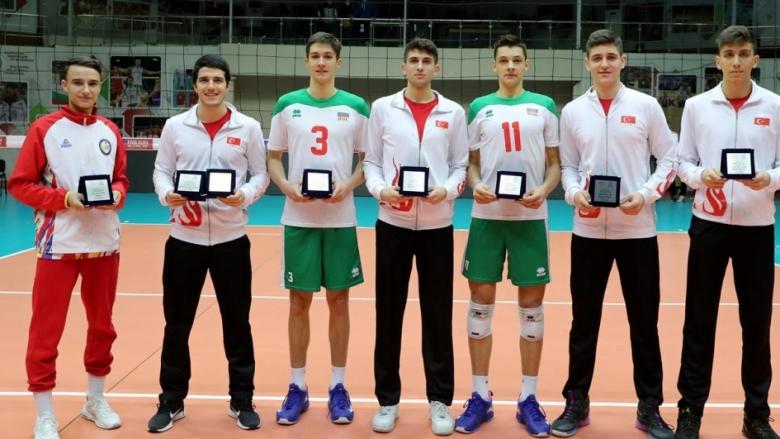 Двама български национали в Идеалния отбор на евроквалификацията