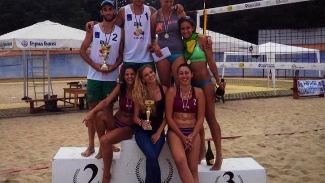 Ася Динова и Светла Ангелова триумфираха на пясъка в Пазарджик