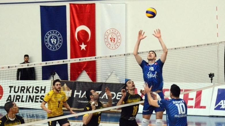 Георги Сеганов и Халкбанк продължават победния си устрем