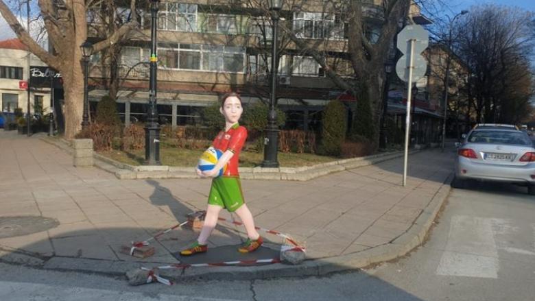 Волейболна фигура спира скоростта на водачите в Казанлък
