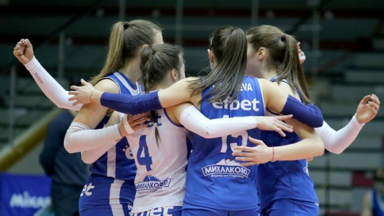 Волейболистките на Левски с 12-а победа след драма с Берое