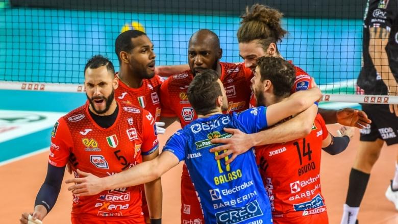 Сезонът в Италия приключи, обмислят плейофи в Суперлигата през юни