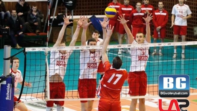 Нефтохимик надигра ЦСКА и прати серията в трети мач