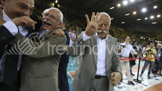 Диего Мосна за BGvolleyball.com: Приоритет №1 е да задържим Радо Стойчев