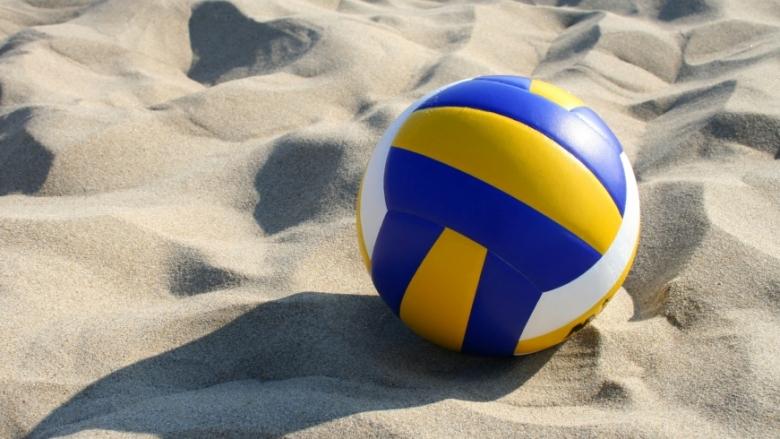 Волейболни ентусиасти откриват сезона на пясъка с приятелски турнир в столицата