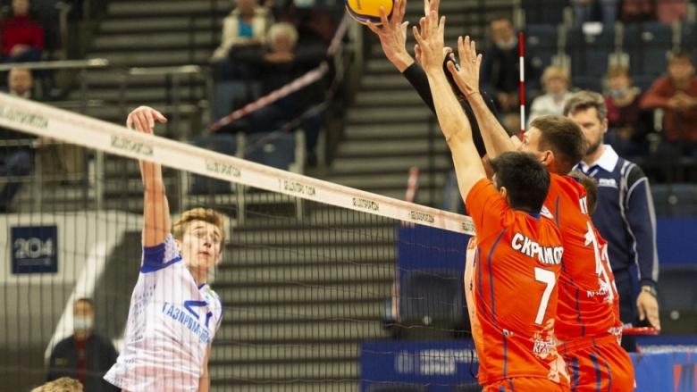 Тодор Скримов с 22 точки върна Енисей на победния път