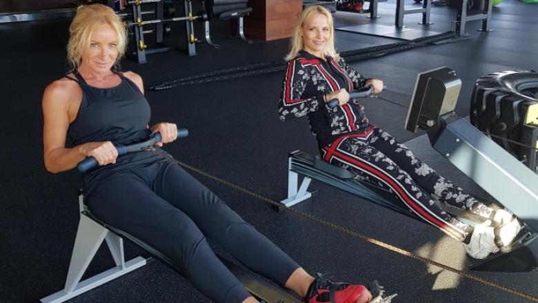 Шампионската тренировка на Мария Гроздева и Дейзи Ланг в любимия им фитнес клуб