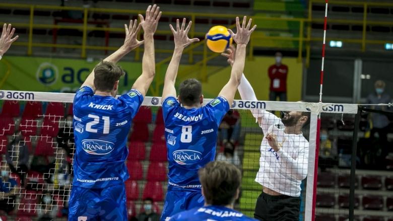 Казийски и Аспарухов спечелиха дербито със Сеганов и Чистерна