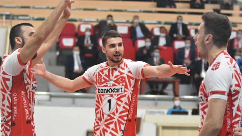 Мартин Атанасов със седма победа в Турция