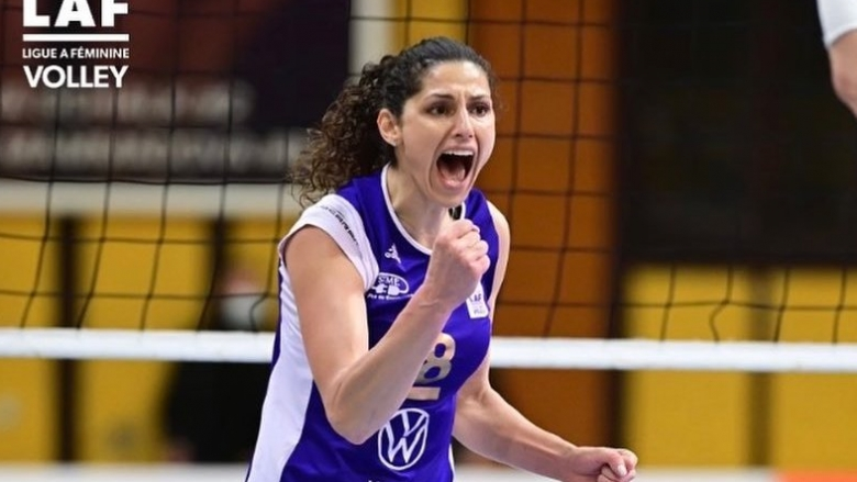 Ева Янева с 21 точки, Льо Кане спечели българското дерби с Кристина Йорданска