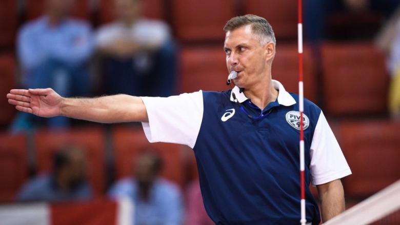 Волейболният съдия (видео)