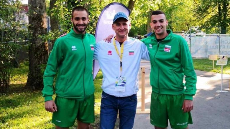 Механджийски/Василев продължават напред на eвропейското по плажен волейбол U22