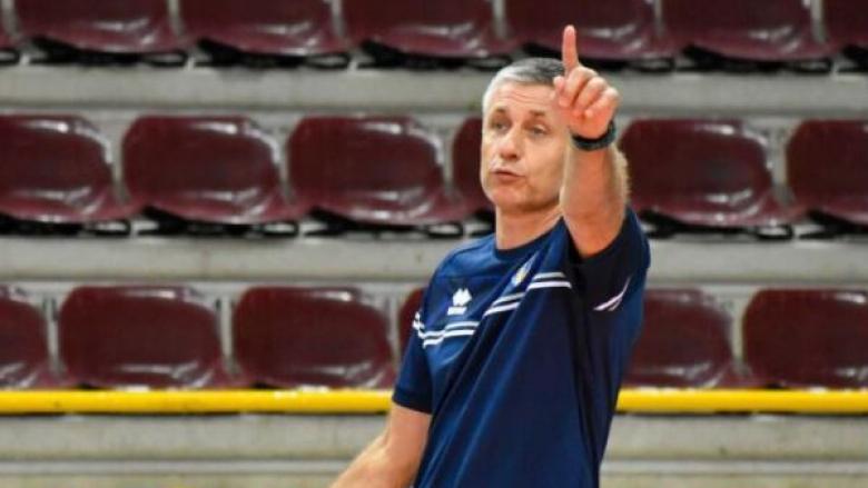 Радо Стойчев ще води Верона до края на 2024-а