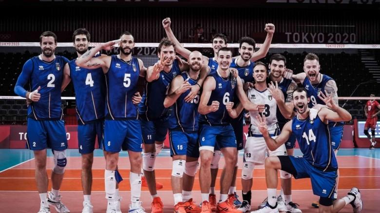 Италия с трета победа в Токио след интрига с Иран