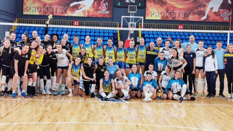 Шампионките завършиха втори на турнира в Украйна