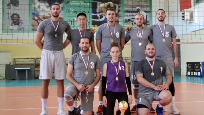 Велина Кансъзова и амбицията ѝ да възроди волейбола във Велико Търново