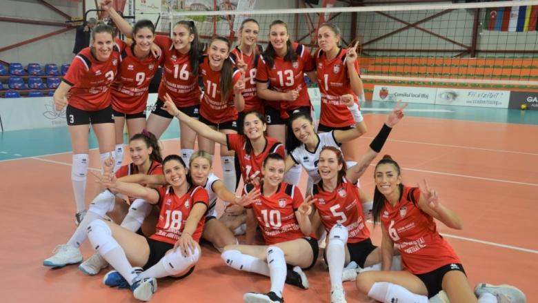 Гергана Димитрова спечели българското дерби с Петя Баракова