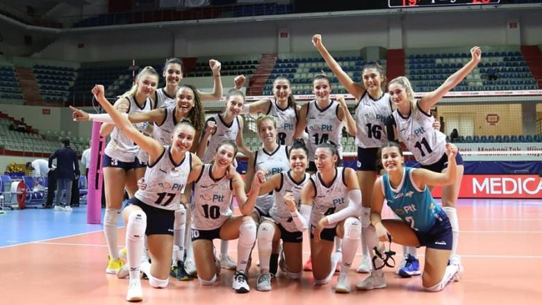 Еми Димитрова и ПТТ победиха Галатасарай на старта в Турция