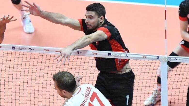 Мартин Атанасов с 14 точки, Зираатбанк спечели градското дерби със Спор Тото