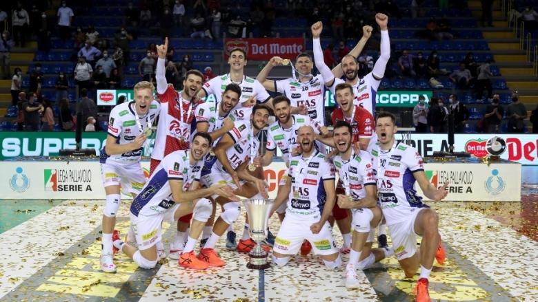 Матей Казийски MVP, Тренто триумфира със Суперкупата на Италия