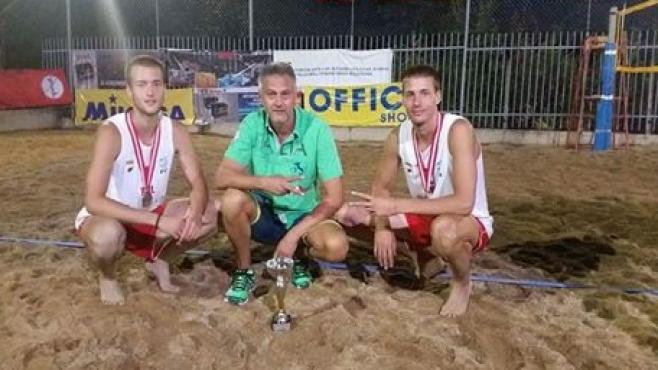 Страхотно! България вицешампион на Балканиадата по плажен волейбол