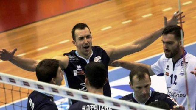 Супер Бобо с нова загуба в Гърция
