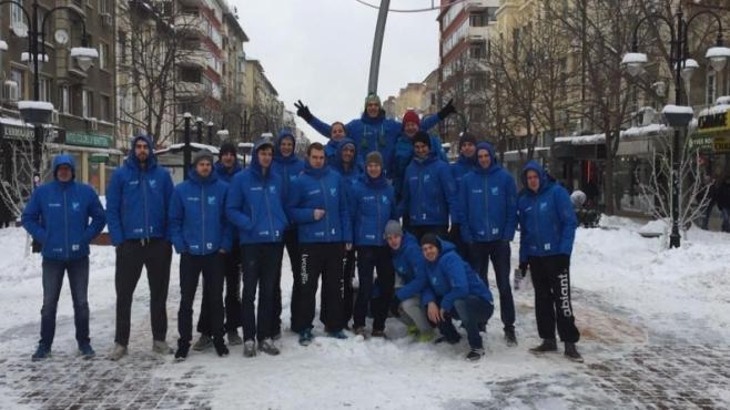 Сняг стресна холандски волейболисти