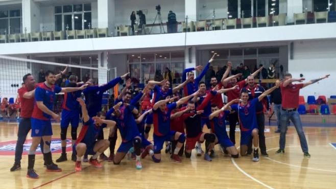 Стяуа с Влади Иванов и Пепи Каракашев отново поведе в Румъния (Видео)
